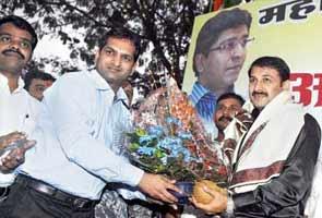 Manoj Tiwari gracing Cricket Tournament in Mumbai