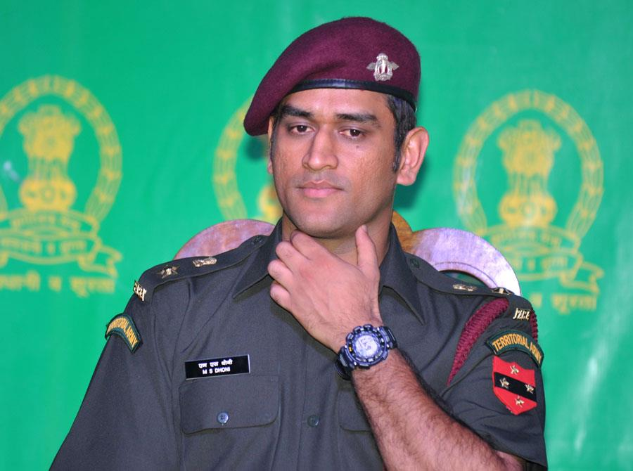 captain dhoni to act as lt colonel dhoni for one week