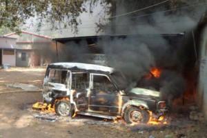 Police Van Tortured after death of Brahmeshwar Singh Mukhiya