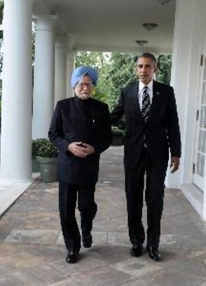 Barack Obama and Manmohan Singh at White House