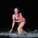 Rozlyn Khan 'Savita Bhabhi' plays Holi on Sea Beach at Night