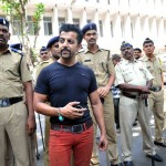 Salman Khan's Look Alike talks to Media outside Mumbai Court